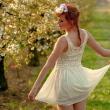 夏結婚式20代女性服装