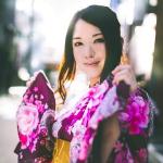 【結婚式の服装】20代女性に合う着物(和装)選びとマナー