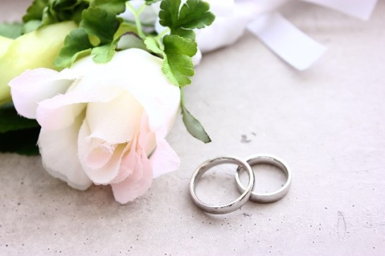 結婚指輪婚約指輪違い女性本音02