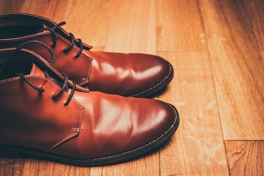 革靴磨き方簡単お手入れ靴磨き方法02
