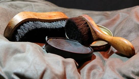 革靴磨き方簡単お手入れ靴磨き方法03