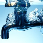 水道管が凍結・破裂した時の正しい対処法とは?(修理費用)